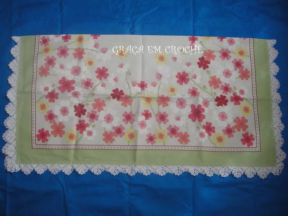 Toalha de Ch� Flores com croch�