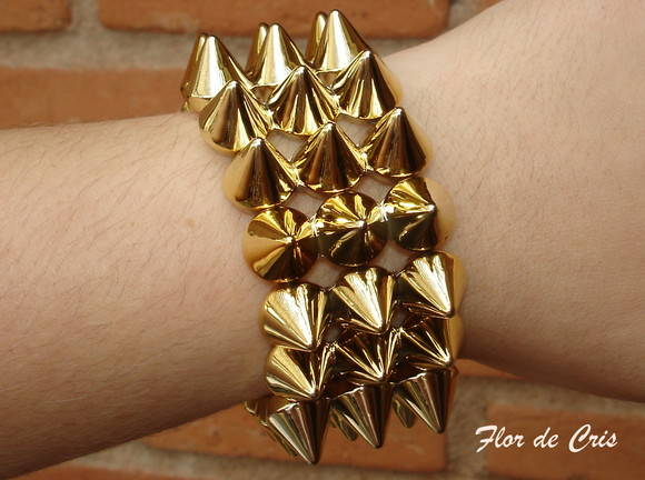 25%off Bracelete Spike