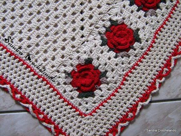 Tapete barbante redondo ref sandra crochetando pic 14 for Rosa weiay gestreifte tapete