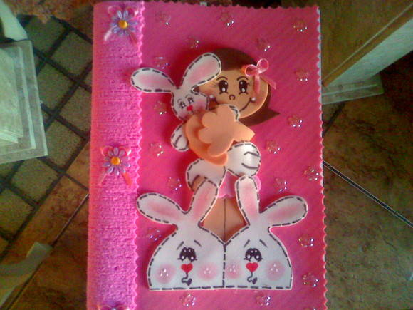 Caderno menina coelhinha rosa
