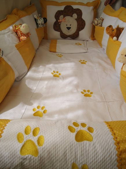 KIT BER�O SAFARI AMARELO 06 PE�AS