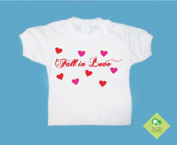 T-Shirt Beb� e Infantil FALL IN LOVE
