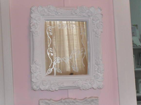 Espelho proven�al com desenho jateado