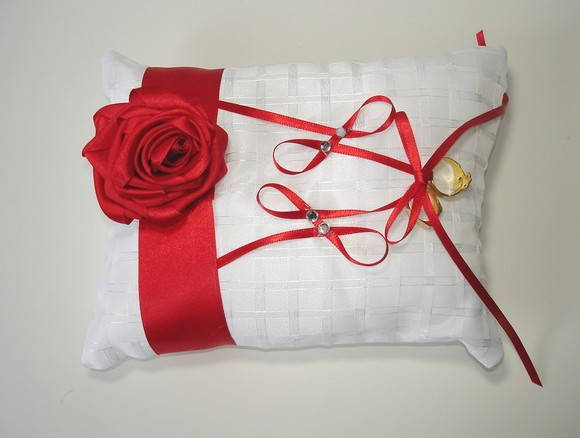 Porta Alian�a Branco com Rosa Vermelha