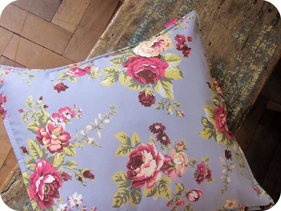Capa para almofada Floral azul