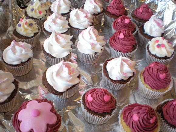 &quot;GIRLIE CUPCAKES&quot;