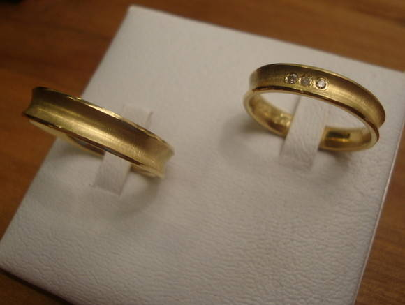 Alianas personalizadas em Ouro 18k