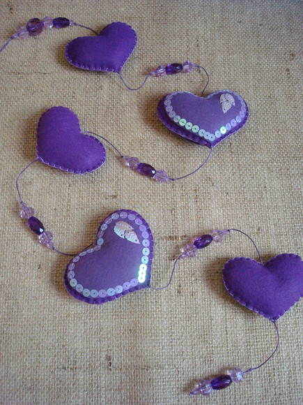 """Love is in the air"" - m�bile roxo"