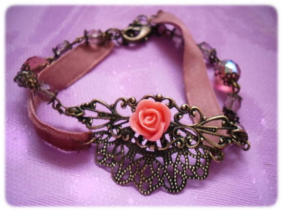 Pulseira Victorian love story