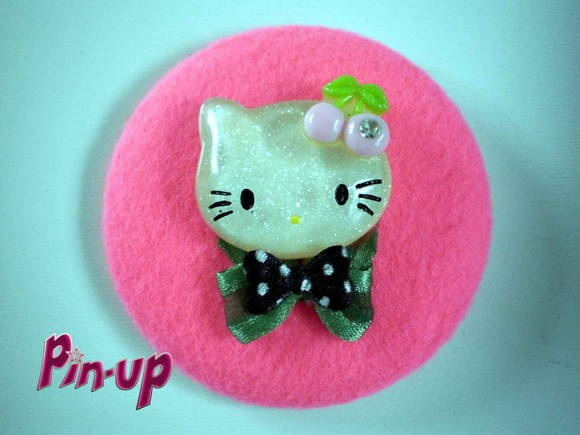 BOTTON HELLO KITTY - 5,5CM
