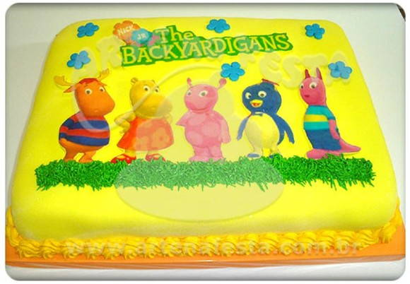 Bolo Backyardigans decorado