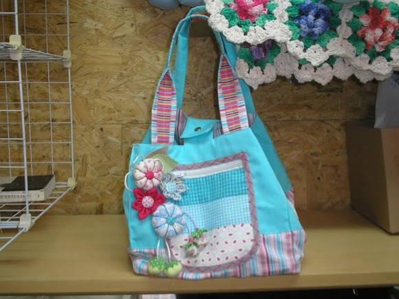 Bolsa patchwork tons de azul piscina xisd elo7 for Bolsa piscina