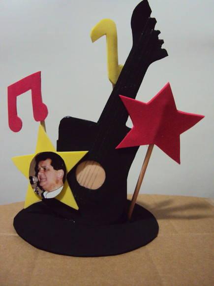 Enfeite De Mesa Musical No Elo7 Donna Da Festa 171dc7