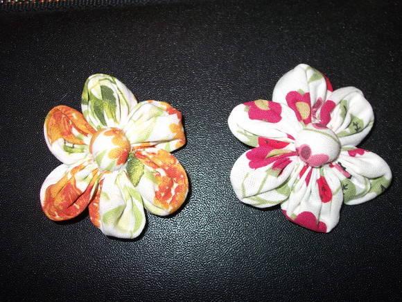 Tic Tac com flor de tecido