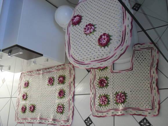 Tapete Floral Para Banheiro : Jogo de tapetes para banheiro Croch? Fasc?nio Loja Virtual Elo7