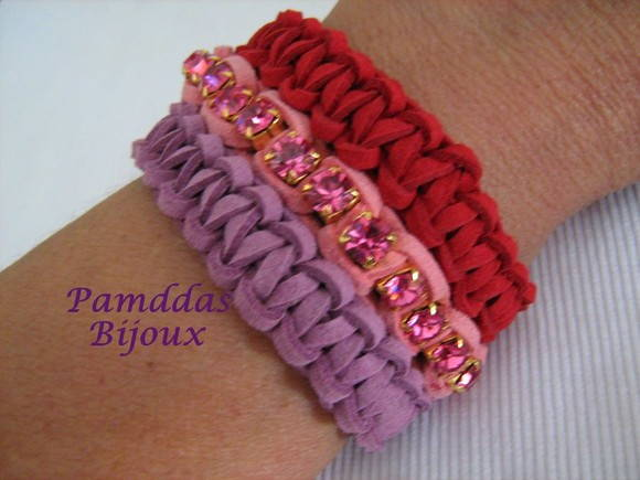 PULSEIRA MACRAM COM CRISTAIS SWAROVSKI