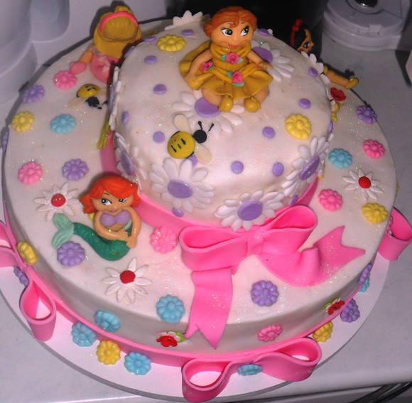 Bolo Decorado das Princesas - bolosdecorados24.com