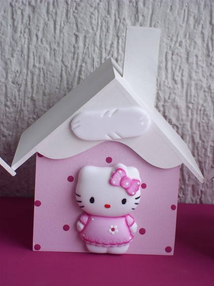 HELLO KITTY FELIZ