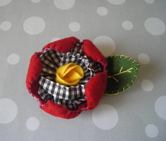 "Broche ""Flor Tropical"""