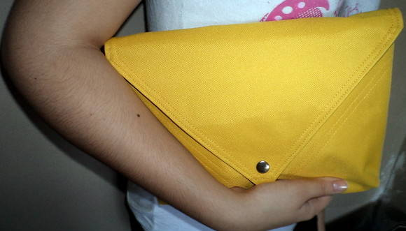 Maxi Clutch Envelope Amarel�