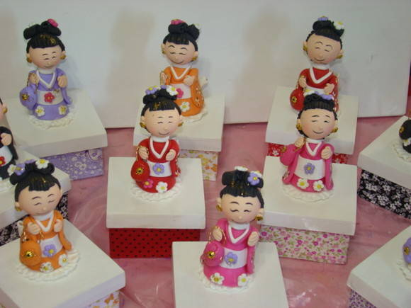Adesivo De Parede Infantil Nuvem ~ Caixa forrada com tecido e japonesa Natália Artesanato