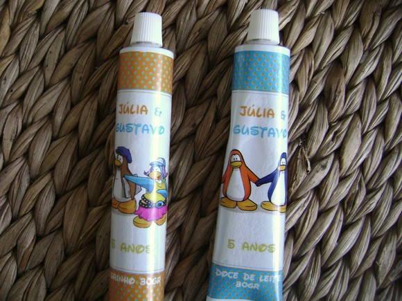 Etiqueta Bisnaga: Club Penguin