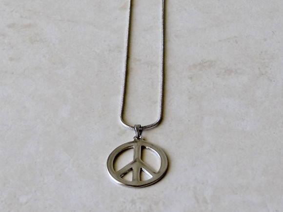 Adesivo Símbolo Da Paz Branco 20 Cm No Elo7: Gargantilha Paz