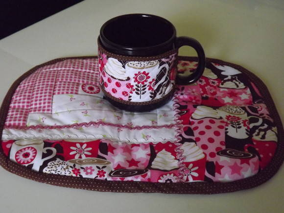 Mug rug + caneca