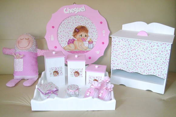 KIT DO BEB� ROSA E BRANCO