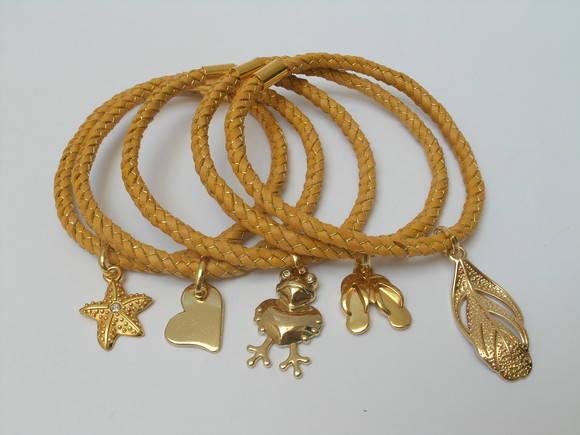JOGO DE PULSEIRAS GOLD CHARM