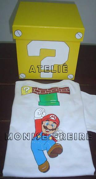 Camiseta Mario Bros pintada � M�o