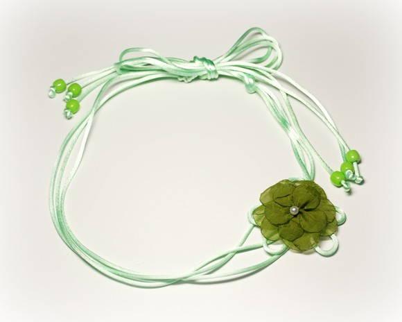 Headband verde c/ flor (5cm)