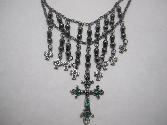 Maxi colar metal black crucifixo