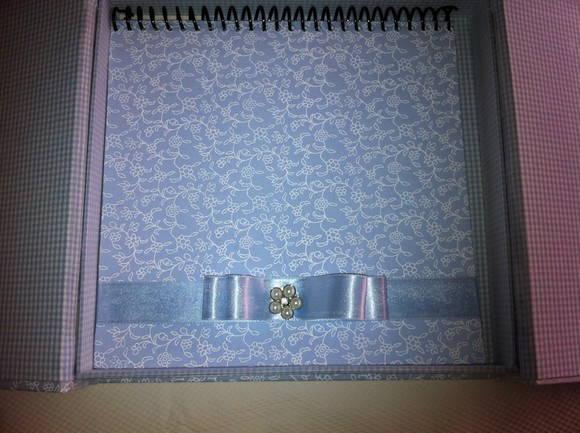 Caixa com Caderno de mensagens