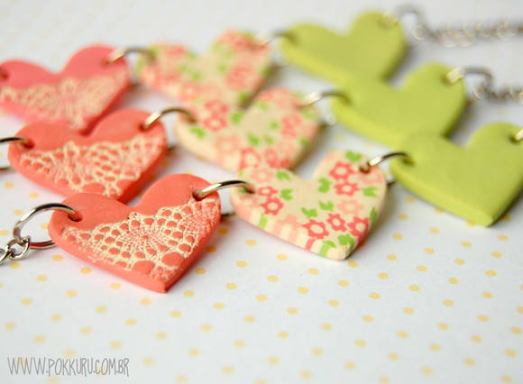 colar amor patchwork - 3 coraes