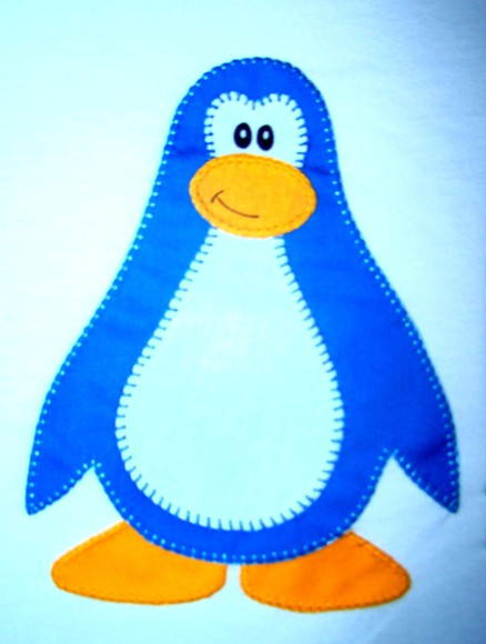 Camiseta Club Penguin - Modelo 50