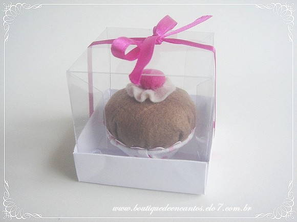 Sach cupcake baby em caixa de acetato