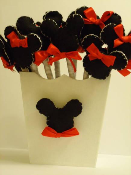 Ponteira forrada de fita Mickey e Minnie
