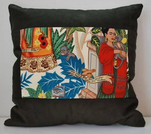 Capa para almofada Frida Kahlo