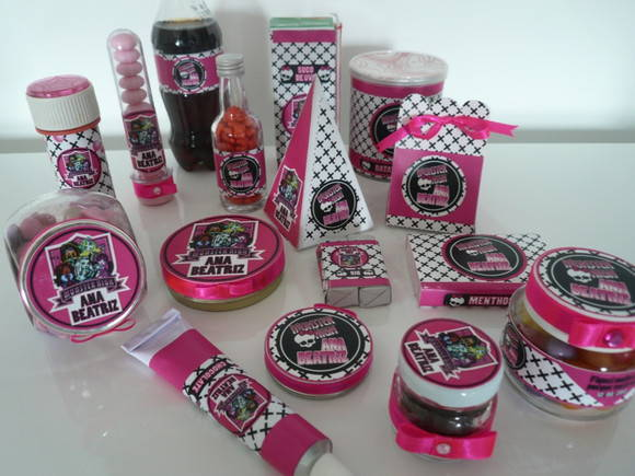Kit Festa Monster High | Mimos & Talentos | 23F135 - Elo7