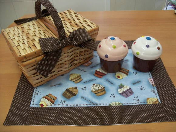 Cesta de Pic Nic CupCake