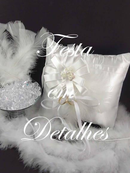 Almofada de alian�a flor de fita