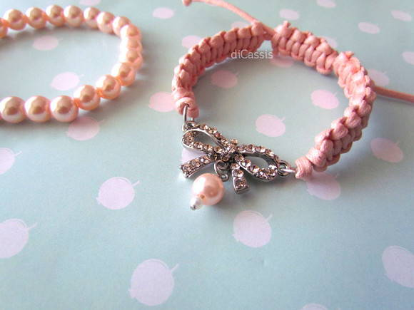 Conjunto Pulseira Macram Lao e Perolas