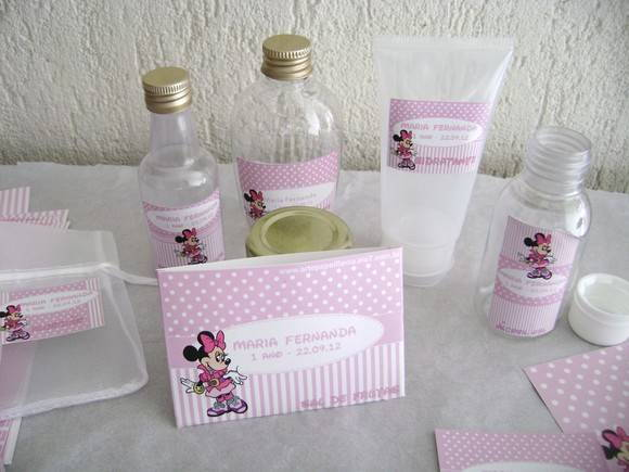 Kit Lavabo Infantil: Mickey e Minnie