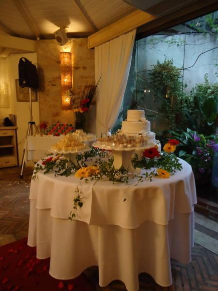 Decora��o d Mesa de doces para casamento