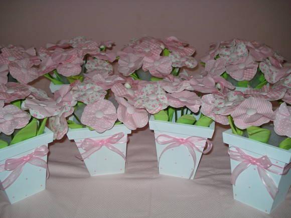 Mini vasinhos de flores arranjo de mesa