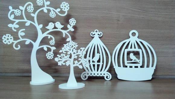 decoração com mdf: gaiolas e árvores