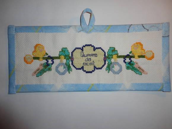 moldura em tecido quarto do bebê  Jrbordados em ponto cruz  Elo7