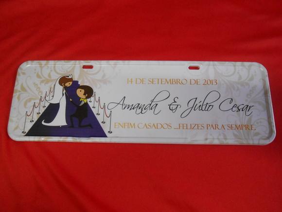 Placa Amanda e Júlio César