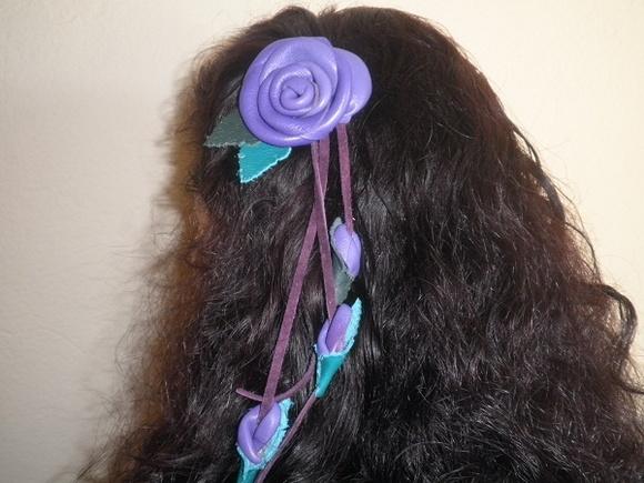 flor de cabelo modelo rosa